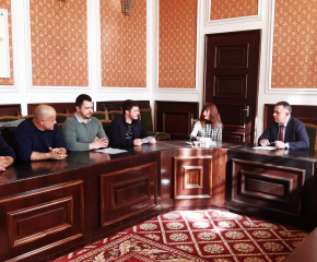 Граждани на Сливен се срещнаха с кмета Стефан Радев в приемния му ден