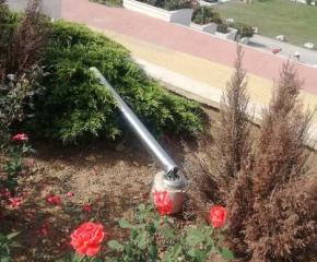 """Груб вандалски акт в парк """"Юнак"""", до новостроящата се църква в Сливен"""