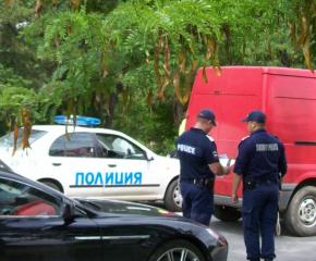 В хода на полицейска операция в Ямбол са проверени 451 МПС и задържани 12 лица