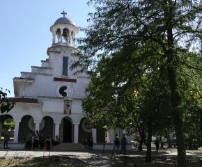 Храмов празник в Безмер (видео)
