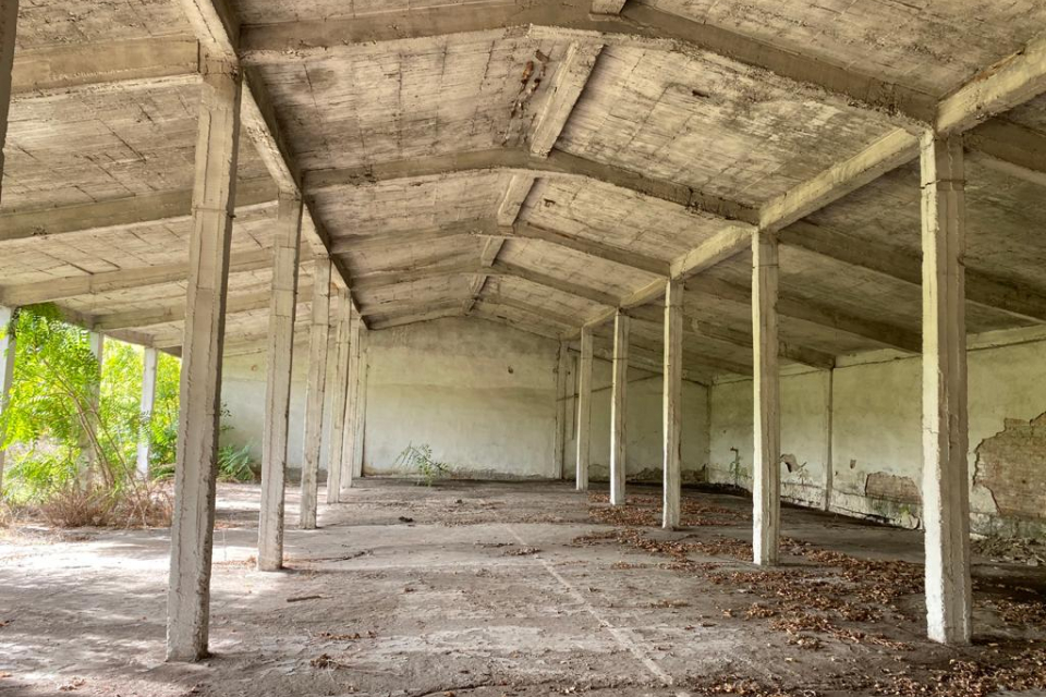 През месец юни 2021 година Община Ямбол отново възобнови процедурата за придобиване на собственост на имотите с отпаднала необходимост, намиращи се на...