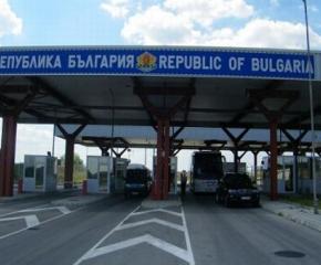 """Интензивен е трафикът на Лесово, все още не е отворен ГКПП """"Илинден"""""""