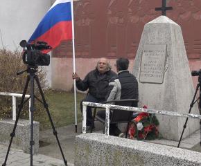 Историята на мъж, поддържащ паметника на загиналите руски воини в Освободителната война (видео)