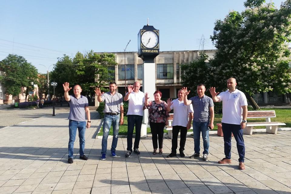 Пресцентър: Кандидатите на ГЕРБ-СДС за народни представители на емблематично и обичано място в Стралджа - пред часовника. Време е да изберем стабилността,...