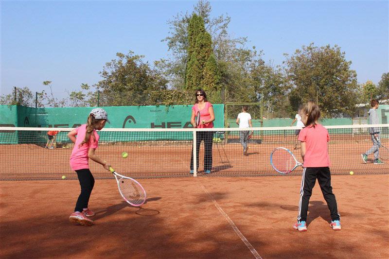 /*Платена шубликация/Легендарната тенисистка Мануела Малеева ще бъде гост на Ямбол и ще даде безплатен урок за децата от града. Събитието ще е в неделя...
