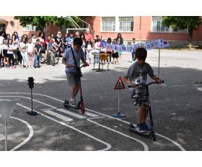 Изградена е модерна площадка по пътна безопасност в сливенско училище