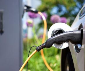 Изграждат 199 зарядни станции за електромобили у нас