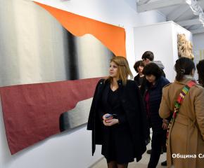 """Изложбата """"Художествена тъкан"""" гостува в Сливен"""