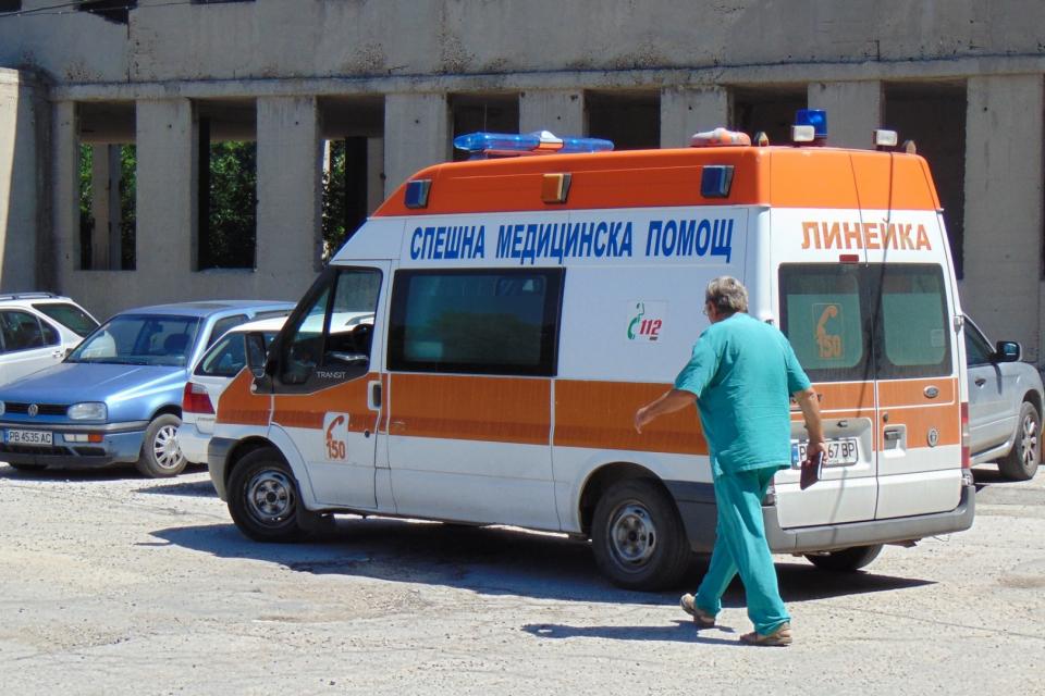 Децата от тунджанското село Хаджидимитрово, приети в болница със съмнение за хранително отравяне, ще бъдат изписани днес. Още вчера състоянието на 22-мата...