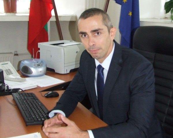 Камен Костов е новият заместник-кмет по устройство на територията и строителството в Община Сливен. Той поема поста на Любомир Захариев, който напусна...