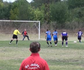 Каменец и Елхово поведоха футболното първенство в А-група