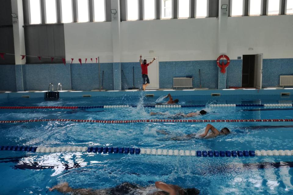 На 16 юни 2020г. с приемен изпит стартира интензивен курс за обучение на водни спасител, организиран от БЧК – Ямбол. Изпитът се проведе на общинския плувен...