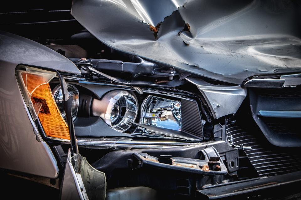 Пътен инцидент с пострадал е станал около 16,30 часа на 30 септември, на пътя Сливен-Ямбол в района на 128 километър. Произшествието е станало между лек...