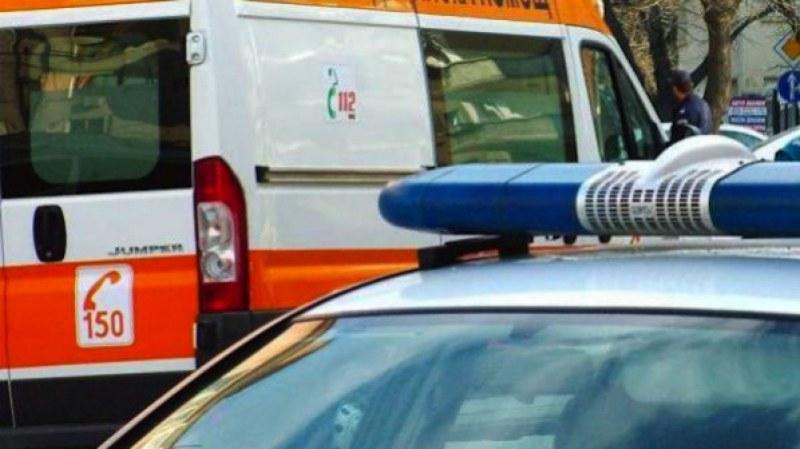 """Екип на РСПБЗН-Сливен е оказал съдействие при пътно произшествие без пострадали. Инцидентът е станал на 7 юни, в 13,15 часа, на бул.""""Хаджи Димитър"""" в град..."""