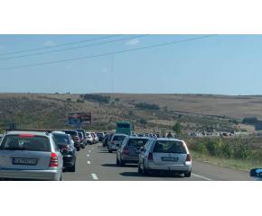 """Катастрофи образуваха задръствания на автомагистрала """"Тракия"""""""