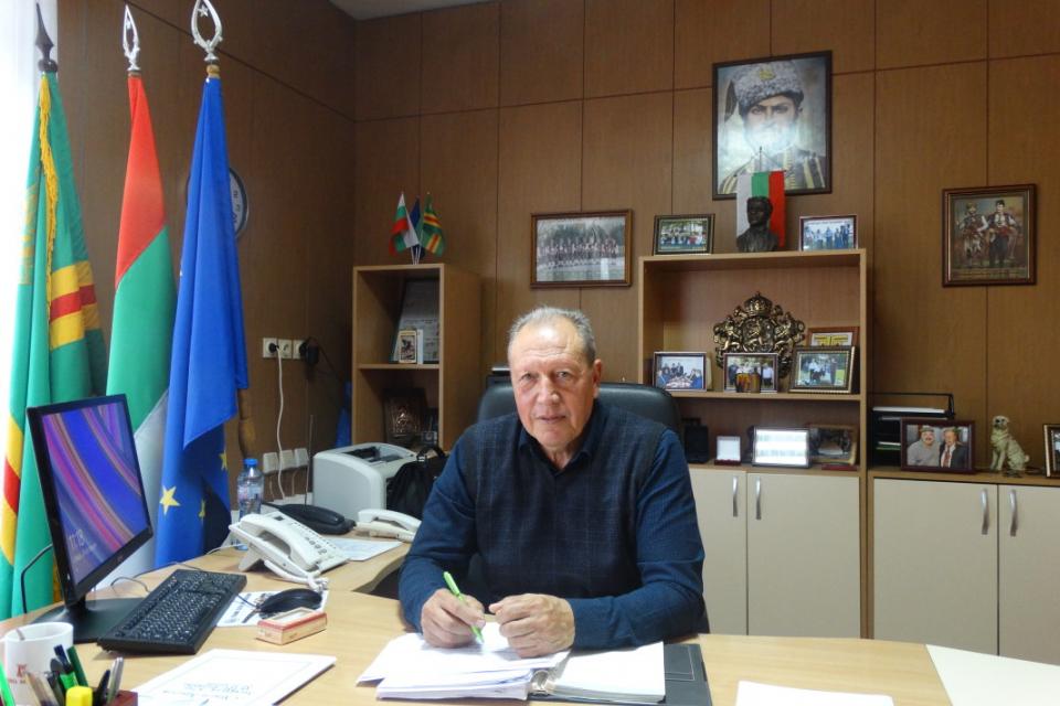 Уважаеми съграждани, уважаеми жители на Община Болярово, Изправени сме пред поредното изпитание, този път със сериозен риск за здравето на нашите деца,...