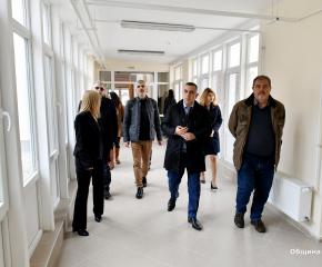 Кметът на Сливен: Децата са нашето бъдеще и основната ни грижа е да растат в по-уютна и комфортна среда