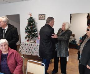 Кметът на Сливен поздрави всички пенсионери в общината с настъпващите празници