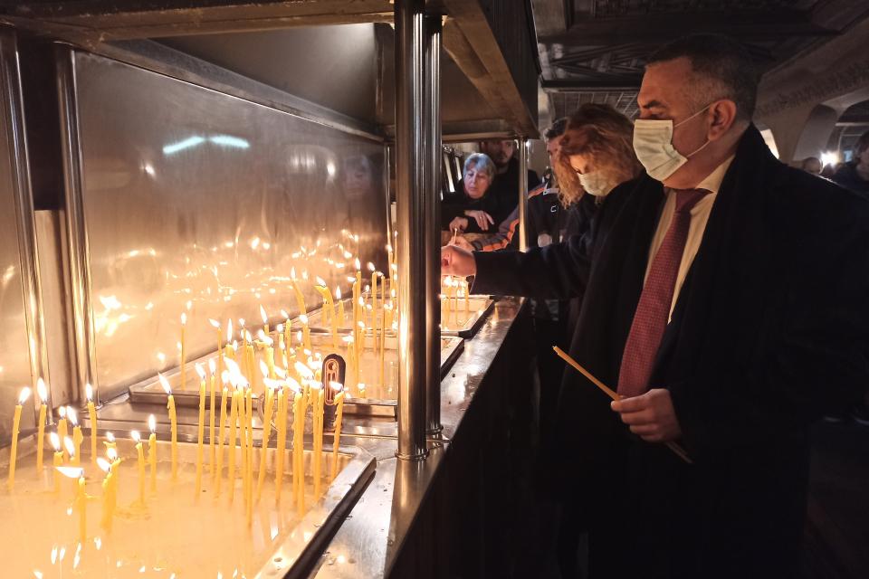 Кметът Стефан Радев поздравява всички жителите на община Сливен с празника Богоявление - Йордановден и отправя своите пожелания за много здраве и благополучие....