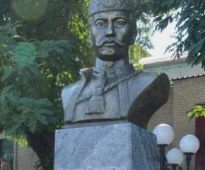 Кметът Стефан Радев поздрави българската общност в украинския град Мелитопол