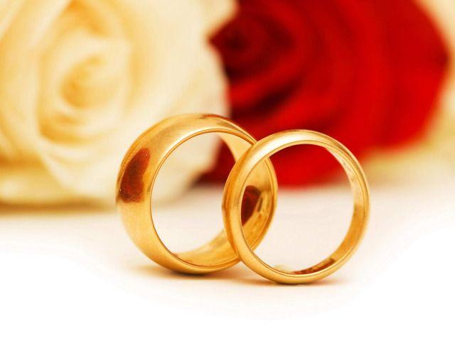 Семейна двойка от Сливен отбеляза с церемония златната си сватба тази неделя в Ритуалната зала на Община Сливен. За 50-ата годишнина от сключването на...