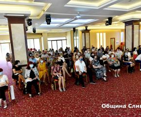 Кметът Стефан Радев участва в среща с директорите на училища преди началото на учебната година