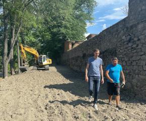 Кметът на Ямбол Валентин Ревански дарява заплатата си за възстановяването на северната стена на Ямболската крепост (Видео)