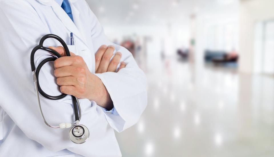 Вчера стана ясно, че от следващата седмица се възобновяват плановите операции в болниците. Решението е взето, тъй като броят на заразените с коронавирус...