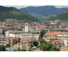 Колко са имениците в Сливен