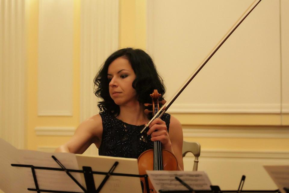 От 1 август Кремена Николова е временно изпълняващ длъжността директор на Симфоничен оркестър-Сливен. Мандатът на Димитър Караминков изтече на 31 юли....