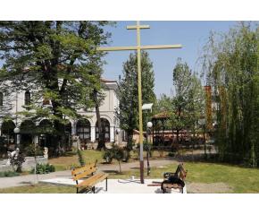 """На Кръстовден в двора на ямболския храм """"Св. Георги"""" ще бъде осветен нов шестметров железен кръст"""