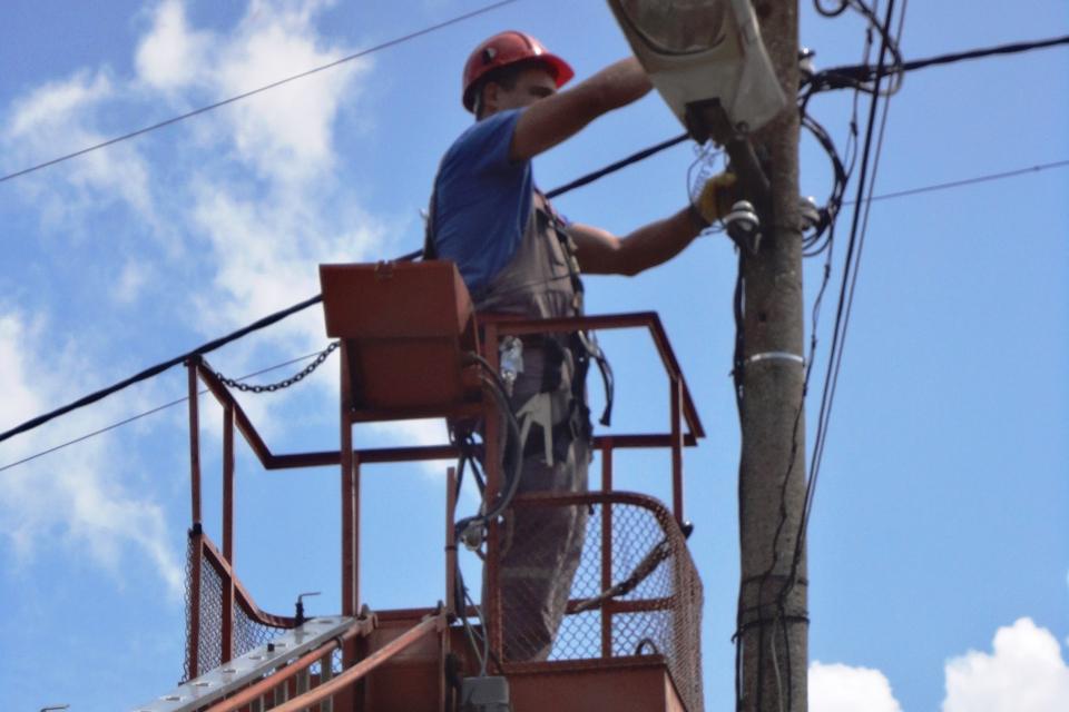 Заради планирани ремонти на електропреносната мрежа в Хаджидимитрово на 19 август електрозахранването ще бъде прекъснато от 9 до 16 часа в селото, в местностите...