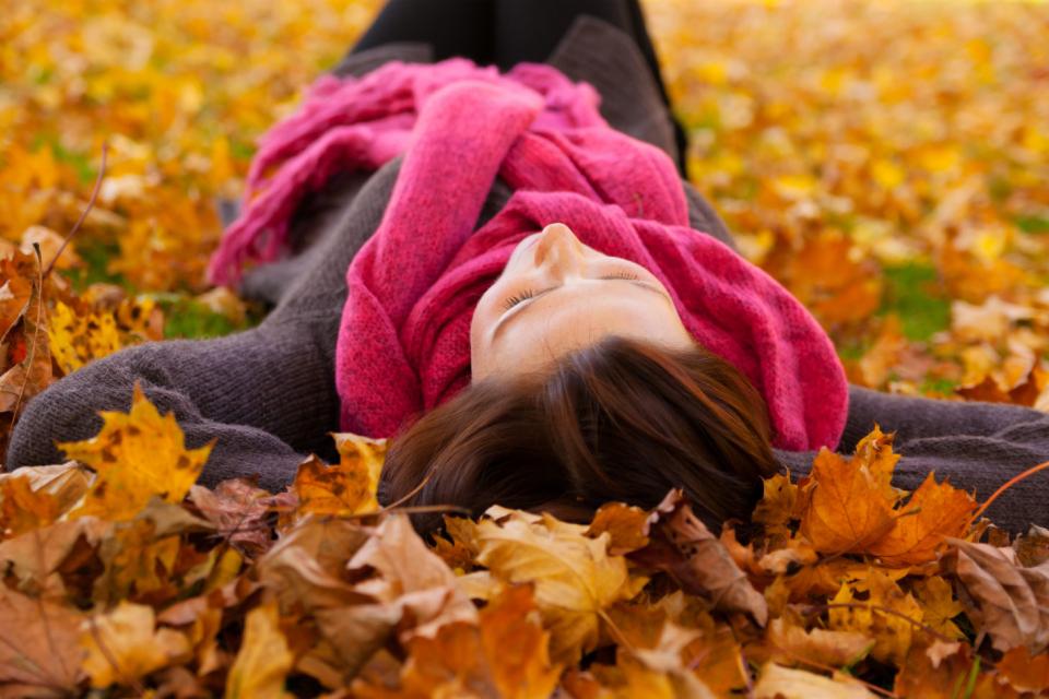 Октомври ни подарява още един слънчев и топъл ден. Атмосферното налягане е по-високо от средното за месеца. В Ямбол максималната температура ще бъде 25...