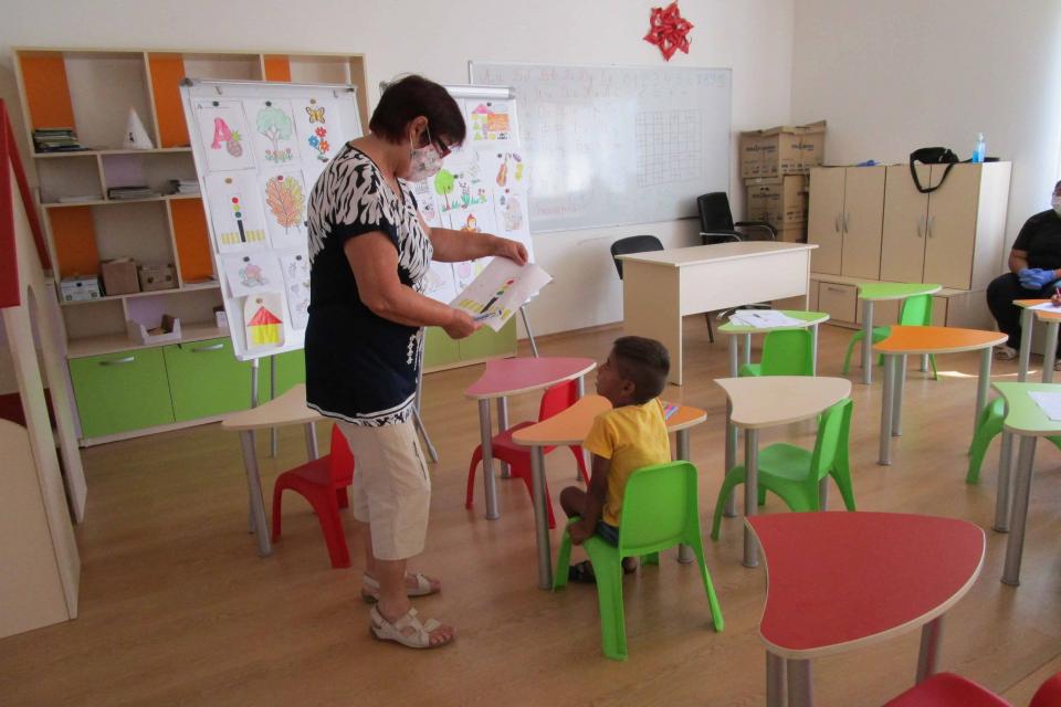 """Центърът за обществена подкрепа в Стралджа организира """"Лятна академия за деца"""", която има за цел малчуганите да осмислят свободното си време, да открият..."""