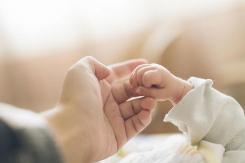 """Две добри новини зарадваха целия екип на """"Майчин дом"""" на връх Благовещение.След близо 3-месечна борба за живота и здравето на родило се на 1 януари 2020..."""