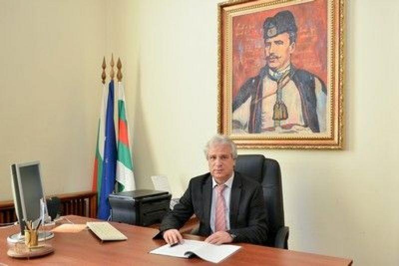 Няколко акцента за предстоящата в четвъртък, 28 януари редовна сесия на местния парламент в Сливен открои председателят му Димитър Митев. 38 точки са заложени...