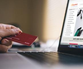 Много българи стават жертви на интернет измами в платформи за свободна търговия