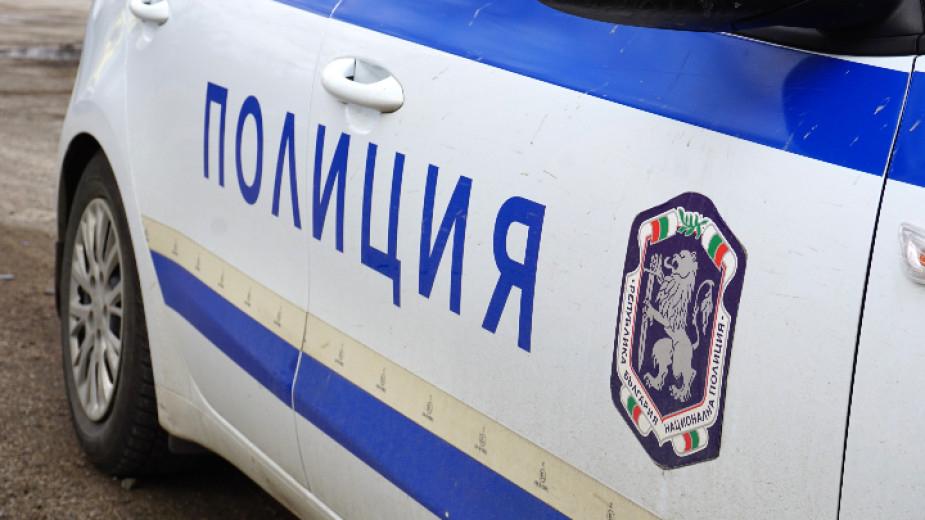 """На 01.02.т.г. около 13.40 ч. на пътя Елхово - Средец, преди разклона за местността """"Божура"""" в посока Средец, поради движение с несъобразена с релефа на..."""