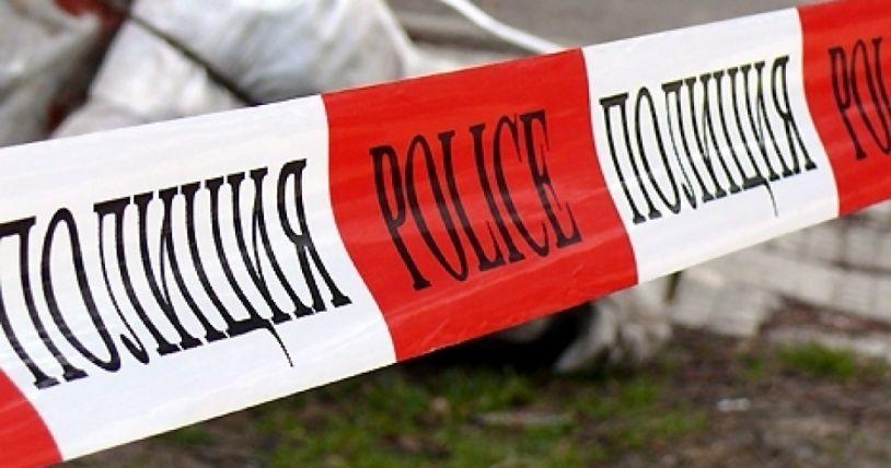 """Убийство в София тази нощ. 48-годишен мъж е прострелян в тила пред блок 43 в квартал """"Фондови жилища"""". Сигналът е подаден малко преди 9 вечерта от хора,..."""