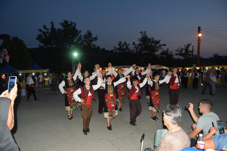 Илинднеският събор в Дряново събра над хиляда души, за да спазят заедно традиция, тачена от 1865 г. насам.  Най-старият тунджански събор, който се чества...
