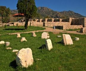 Над сто находки са били открити при археологически проучвания в крепостта Туида край Сливен