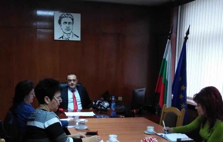 На месечен брифинг директорът на ОДМВР – Ямбол представи информация за криминогенната обстановка в региона за периода от 1 януари до 31 октомври 2019 година. Старши...