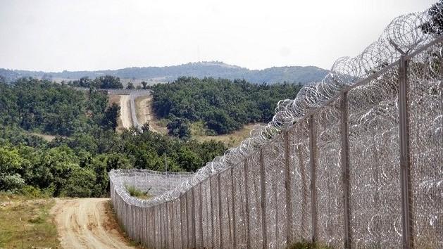 Шест пъти по-голям е мигрантският натиск на българо-турската граница в сравнение с миналата година, пишат от БНР. Това стана ясно по време на посещение...