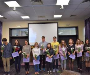 """Националният литературен конкурс """"Петя Дубарова"""" ще се проведе онлайн"""