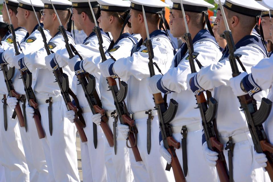 С различни прояви от днес до 8 -ми август Военноморските сили ще отбележат 142 години от своето създаване. По традиция, от 1956 г. насам, празникът се...