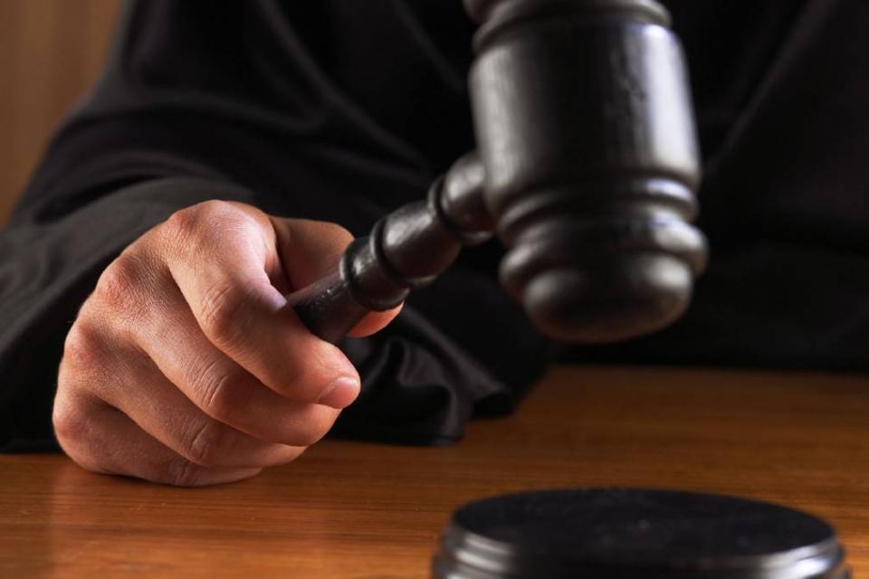 Бургаският апелативен съд отхвърли вчера искането на рецидивист от Ямбол да бъде предсрочно освободен от затвора, научи 999 от съдебната институция. В...