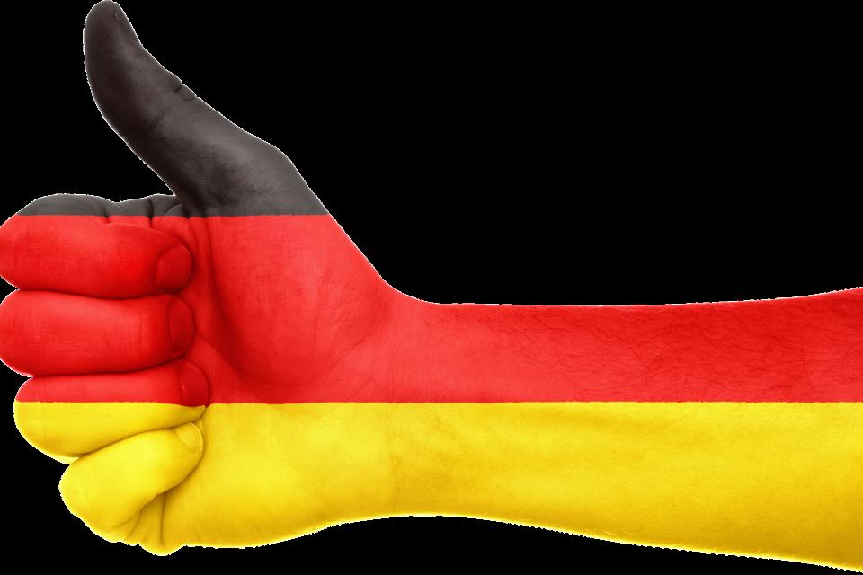 Министерство на външните работи беше информирано от германските власти, че изискването за PCR тест или 14-дневна карантина отпада за пристигащите от област...