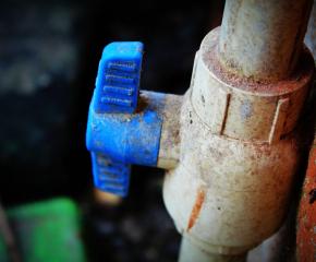 Нова Загора остава без вода за 3 часа, отстраняват проблеми и по водопроводите в 7 села на ямболско
