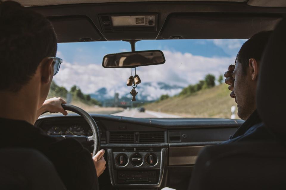 """Агенция """"Автомобилна администрация"""" предлага девет нови електронни административни услуги за шофьорите. Те са създадени по проект за надграждане на регистрите..."""
