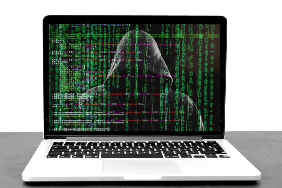 Нови фалшиви имейли се разпространяват от името на НАП, предупреждават от приходната агенция.